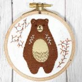 Corrine Lapierre - Appliqué Hoop Folk Bear Mini Kit